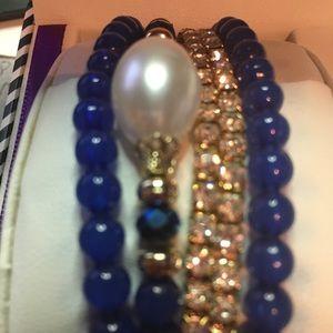 Bella Perlina Navy blue 5 stretchy Bracelets